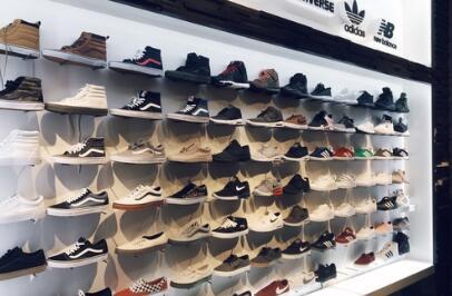鞋店取名简单大气高雅